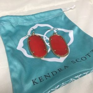 Kendra Scott earrings in PERFECT CONDITION!!!